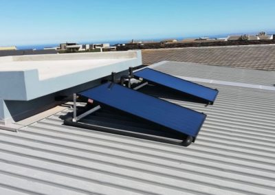Solar water heating installation at Oubaai